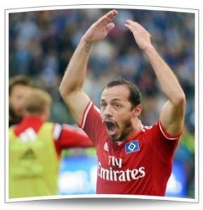 Marcelo Diaz - Seine weise Entscheidung van der Vaart den Ball wegzunehmen, und sein anschließendes Freistoßtor brachten den HSV in die Verlängerung.