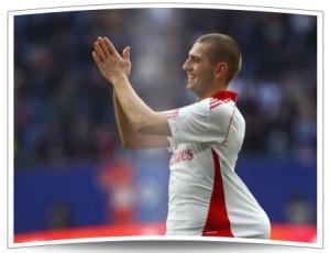 Doppeltorschütze beim letzte Sieg des HSV gegen Köln - Mladen Petric