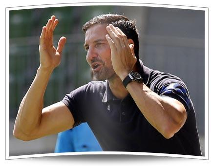 Gegen die Wolfsburger U23 musste Joe Zinnbauer seine erste Niederlage in der Regionalliga Nord hinehmen - und gleich eine deftige!